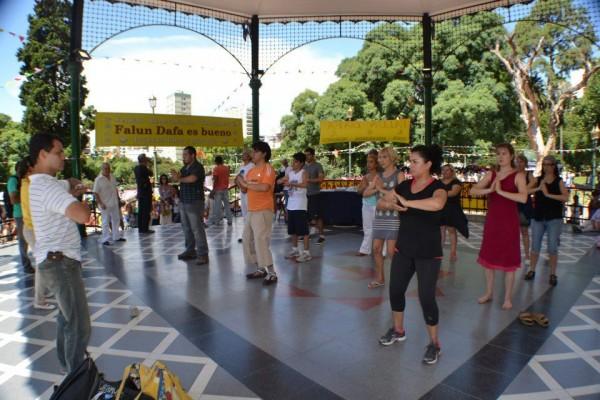 Falun Dafa en el barrio de Belgrano, CABA
